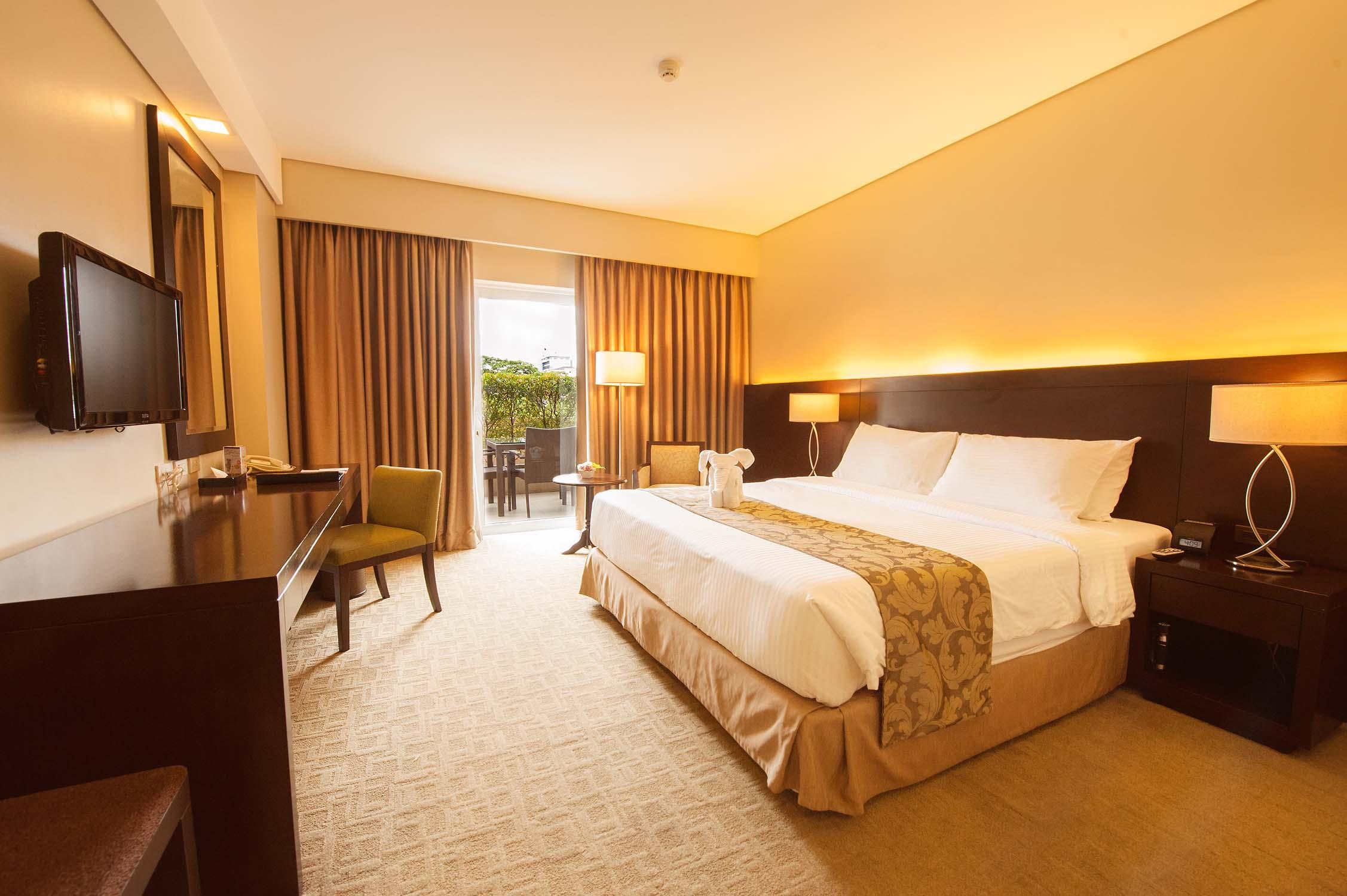 D:\2020 DESKTOP FILES\RMA NEWS\ARTICLES\ARTICLE 670 - HAROLDS HOTEL BRUNCH\HAROLDS HOTEL BREAKFAST\Deluxe King (with veranda) 1.jpg