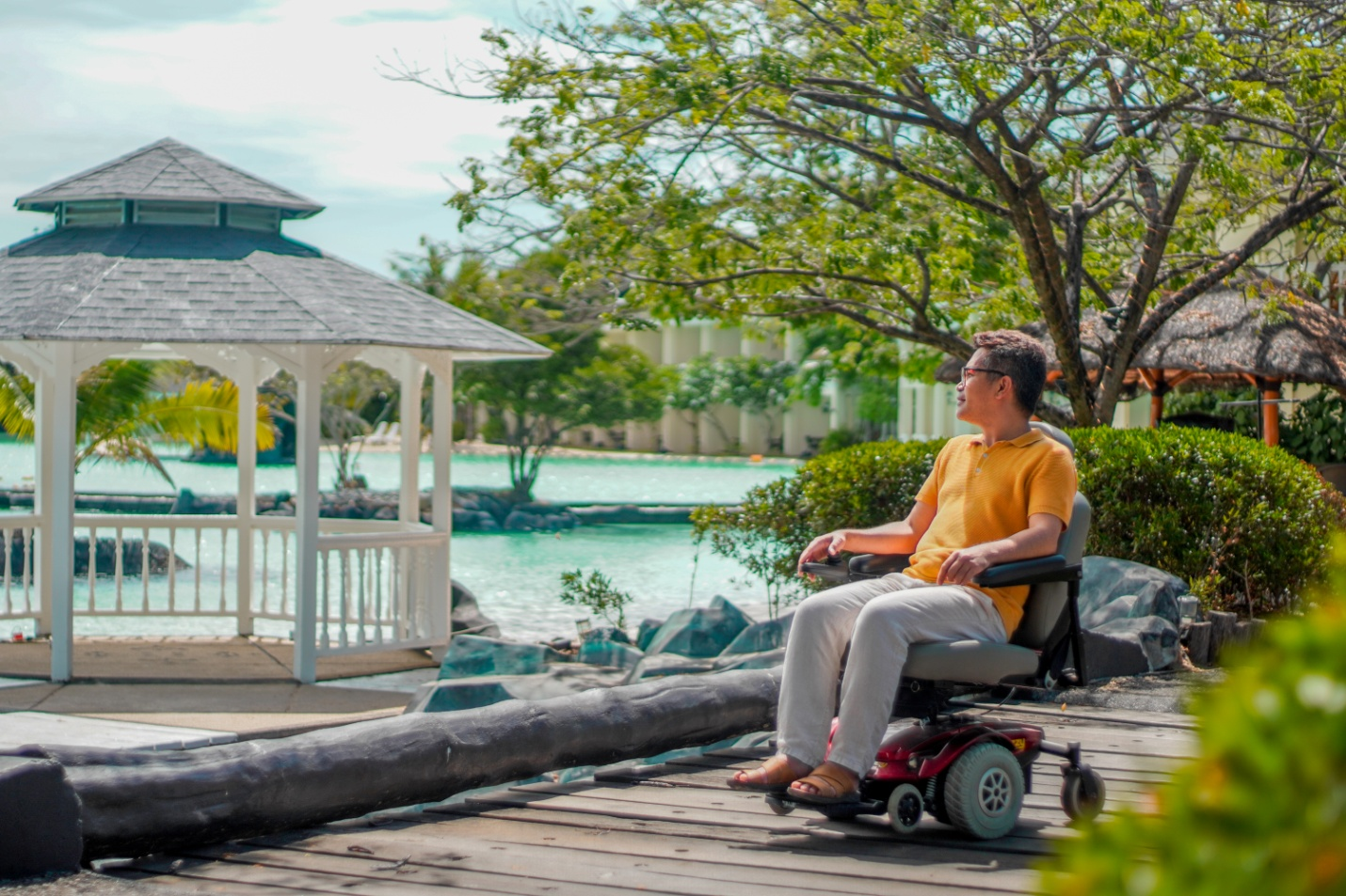 C:\Users\GCPI-ROBBY\Desktop\PLANTATION BAY PR\Power Chair.jpg